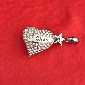 Chanel like pendent